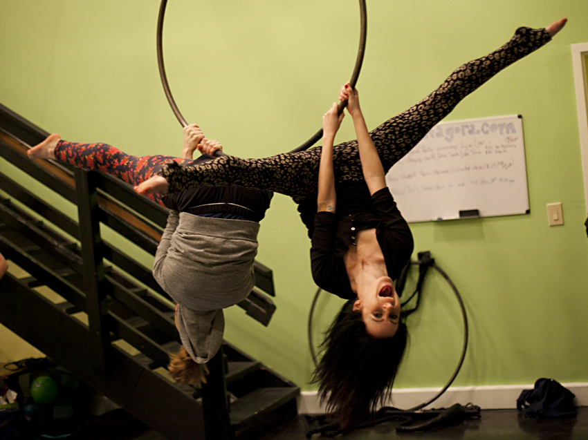 Reader Questions: How to rock an aerial silks performance